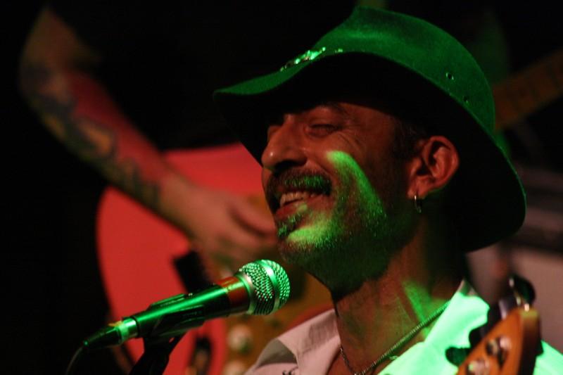 Show do músico Mustache Maia no Projeto 12:30