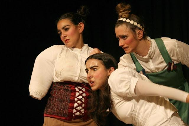 """Espetáculo """"As três irmãs"""", da Cia. Traço - 21º Festival Isnard Azevedo"""