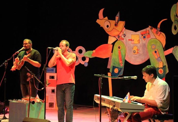 "Espetáculo musical ""No Dorso do Rinoceronte"" no Jurerê Jazz Festival"