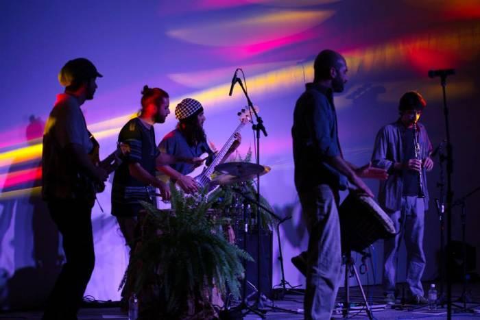 Soonanda apresenta o show de música instrumental autoral