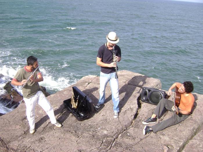 """Show """"Encontro das Águas"""", com Trio Ribeira - TAC 7:30"""