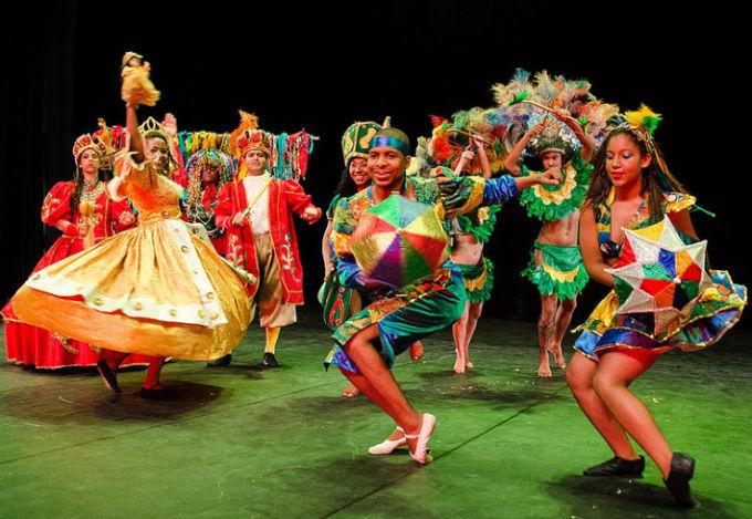 Balé Popular do Recife abre o 12° Festival Palco Giratório Sesc