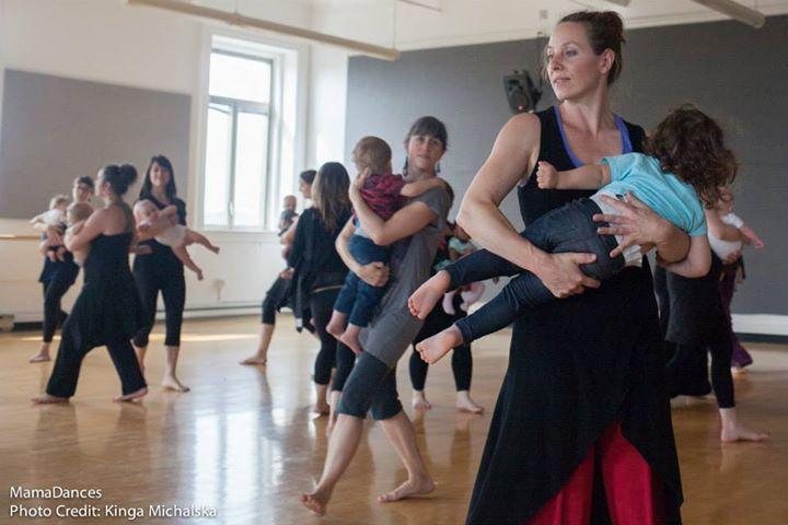 Curso gratuito de formação em dança para pais e bebês - MamaDances