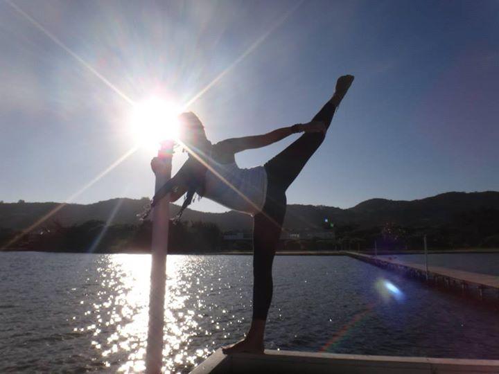 Aulão gratuito de yoga na Lagoa