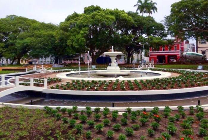 Reinauguração da Praça Getúlio Vargas em comemoração do aniversário de Florianópolis