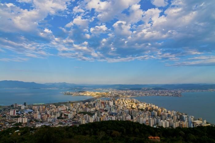 Ônibus de graça no aniversário de 343 anos de Florianópolis e atrações durante um mês