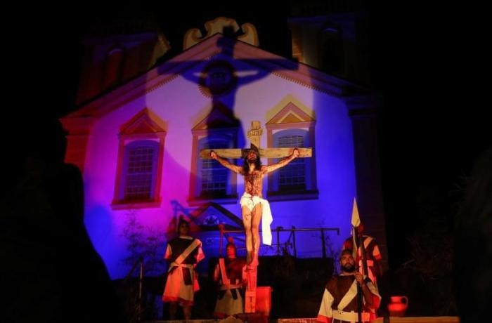 Encenação da Paixão de Cristo na Freguesia do Ribeirão da Ilha