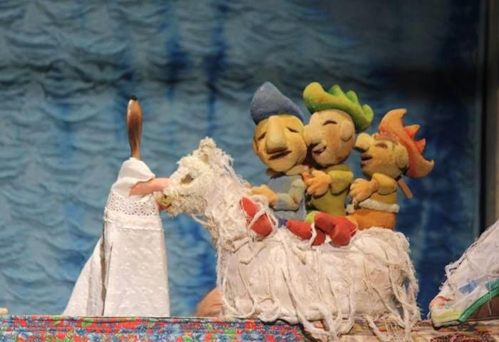 """Teatro de animação """"Terezinha - História de Amor e Perigo"""" da Cia Filhos da Lua"""