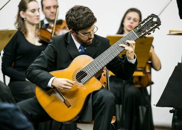 Recital de música barroca e masterclass gratuitos com violonista Marcos Dalmacio