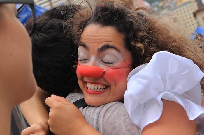 II Maratona do Abraço vai distribuir 1000 abraços nas ruas de Floripa